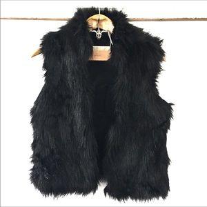 MICHAEL Michael Kors Women's Faux Fur Black Vest
